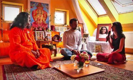 "Swami Vishwachakradharananda: ""Bez sebelásky nemůžeme milovat"""
