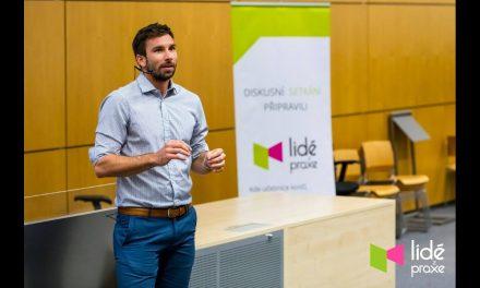 Petr Koukal – Svět sportu a byznysu | LIDÉ Z PRAXE (video)