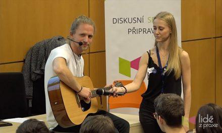 Tomáš Klus: První doba popovodní | LIDÉ Z PRAXE (video)