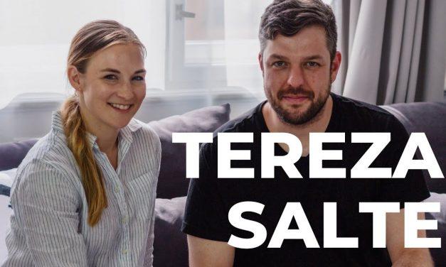 DEEP TALKS 26: Tereza Salte (TerezaInOslo) – Blogerka, podnikatelka a spisovatelka (video)